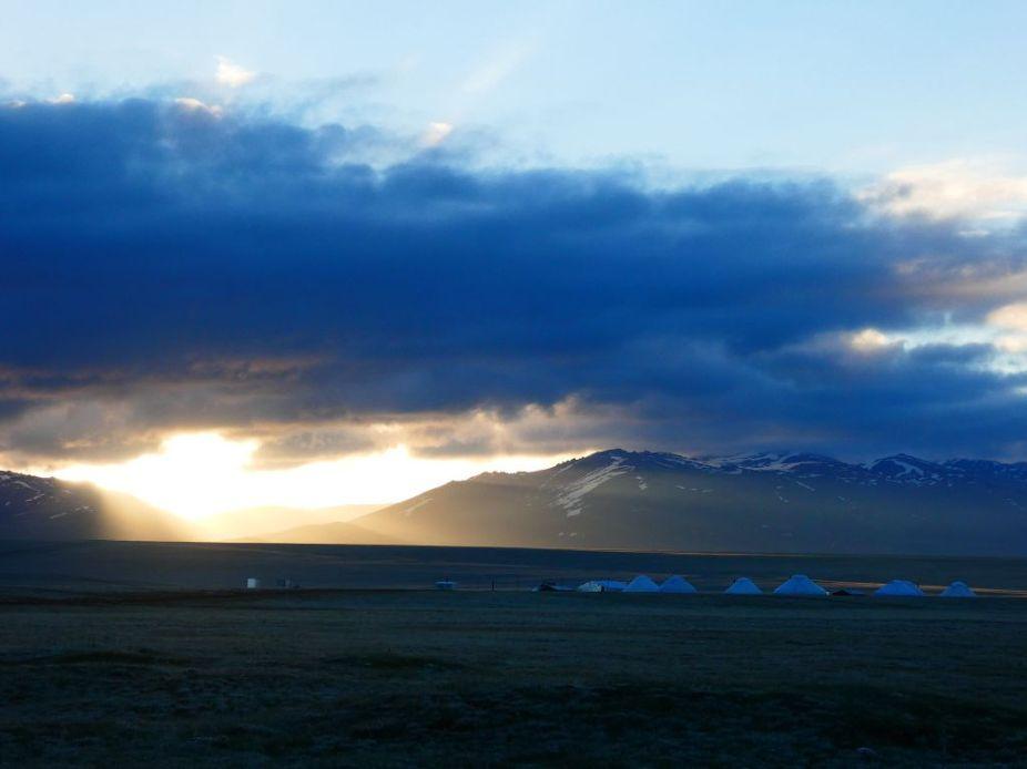 Morgenstimmung am Song Köl in Kirgistan